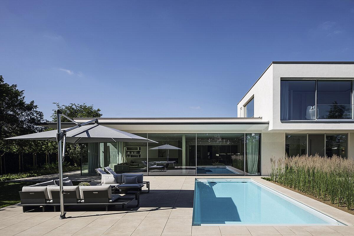 Modern prefab inbouw zwembad monoblock du2022line